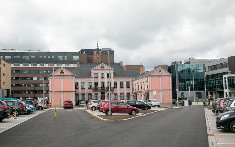 De nieuwe spoedparking aan de Hospitaalstraat.