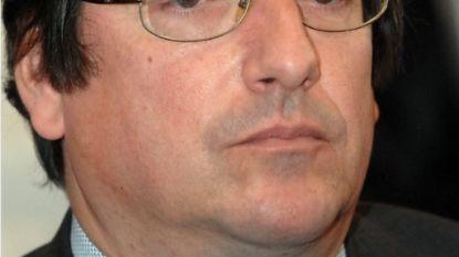 """Illegaal beschuldigt ex-Brussels gemeenteraadslid van aanbieden verblijfsvergunning voor geld: """"3.000 euro in ruil voor papieren"""""""