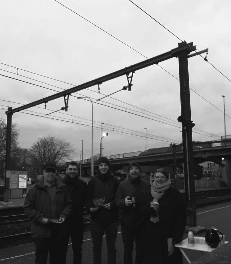 Groen Izegem hield een actie aan het treinstation van Izegem.