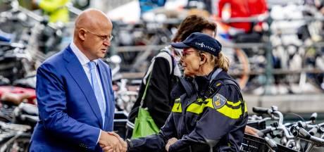 Tekorten bij politie en beveiligingsdiensten, ook na moord Wiersum en alle plannen die volgden