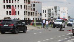 Fietser (65) die berucht kruispunt aan gewestweg in Roeselare probeert over te steken overleden na aanrijding