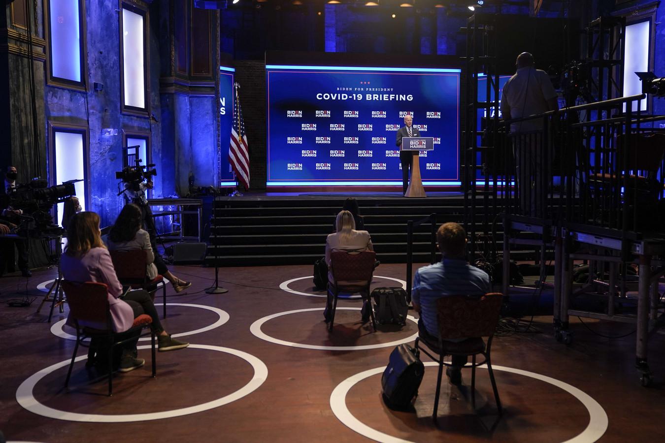 Tijdens de toespraak van Biden in Wilmington moesten de aanwezige journalisten zich aan sociale afstandsregels houden. (16/09/2020)