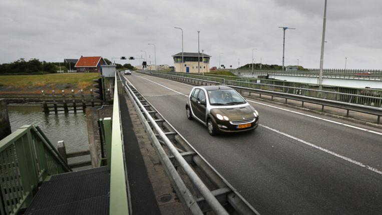 De Lorentszsluizen in de Afsluitdijk bij Kornwederzand. Beeld ANP