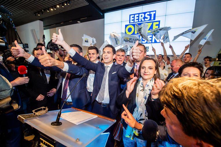 Vlaams Belang-voorzitter Tom Van Grieken afgelopen zondag, met onder andere Dries Van Langenhove, Filip Dewinter en Barbara Pas.