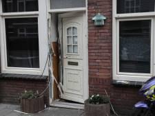 Voordeur vernield door explosie in Moerwijk, Utrechtse politie doet onderzoek