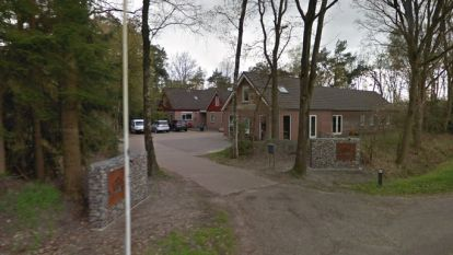 """Spookgezin Ruinerwold werd opgevangen in vakantiepark. Uitbater getuigt: """"Jongeren zorgden met liefde voor 67-jarige Van D."""""""