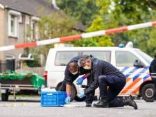Bewoners schrikken van schietpartij voor de deur: 'Hij heeft nog meer wapens in huis'