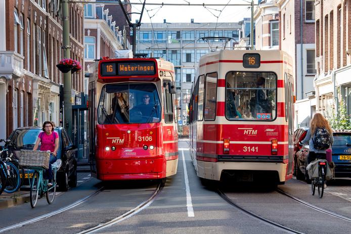 Archiefbeeld ter illustratie: oude Rood-beige trams in Den Haag