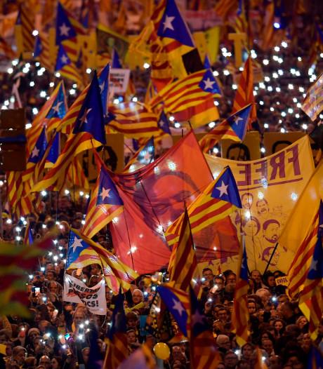 200.000 Catalanen de straat op: 'zelfbeschikking is geen misdaad'
