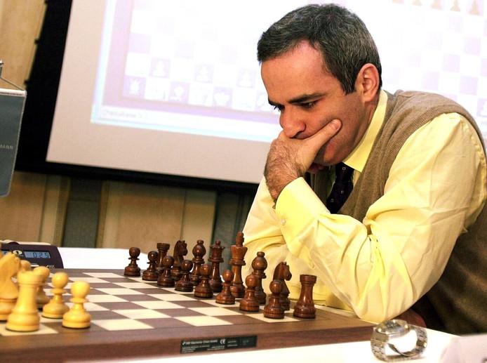 Kasparov in 2001