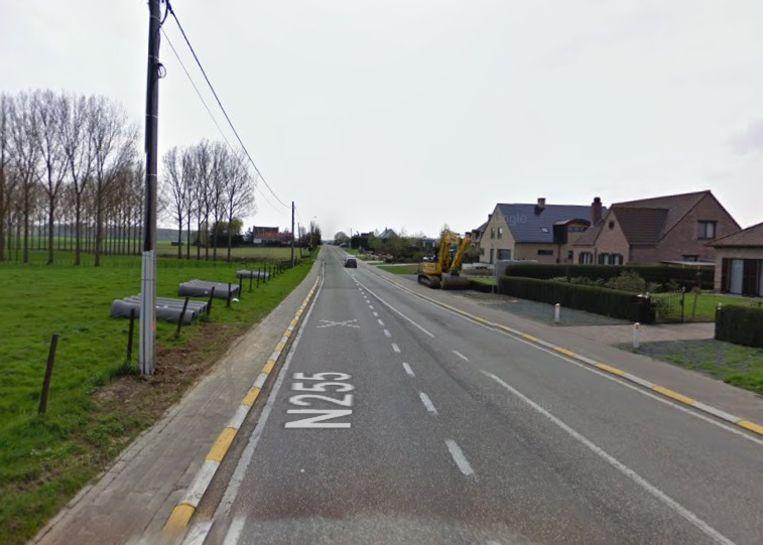 Van 30 september tot 22 november legt Fluvius een glasvezelkabel aan op de Ninoofsesteenweg ter hoogte van de Langestraat (N272).