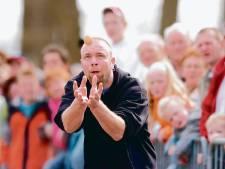 Recordaantal deelnemers bij 25e NK Eiergooien in Nieuwleusen