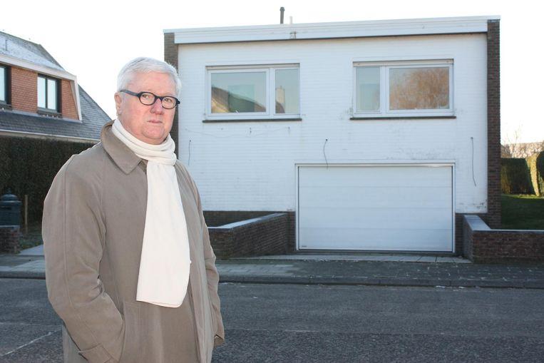 Voorzitter Johan Valcke voor de nieuwe stek van het Zorghuis aan de Pater Pirelaan.
