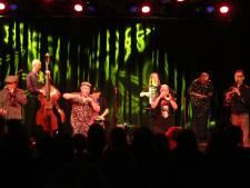 Amsterdam Klezmer Band laat 't Beest dansen