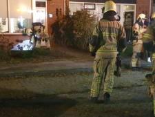 Bewoners Letterveldweg in Borne ruiken gas, brandweer meet in huizen