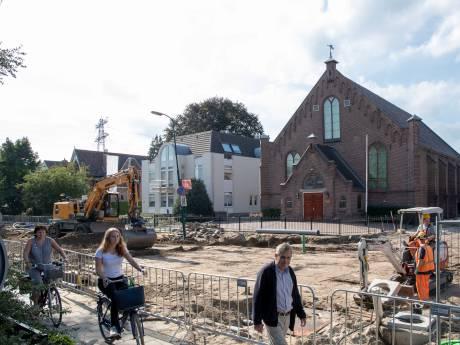 Grote scheuren in Veenendaalse kerk door werkzaamheden in wijk