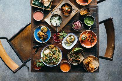 Lifestyle-update: Mission Masala opent restaurant in Gent & iconische stoel van Arne Jacobsen beschikbaar in nieuwe kleuren en aan een verlaagde prijs