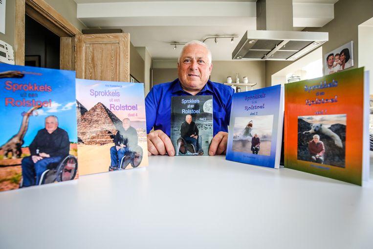 Kris Wuestenbergs verwerkt zijn pijn met humor en wil anderen daarvan mee laten profiteren in zijn boekjes