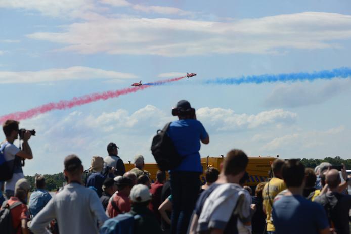 De Fransen laten overal hun nationale kleuren achter.