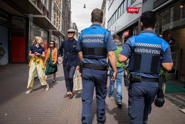 BOA's in het centrum van Haarlem. Beeld Arie Kievit