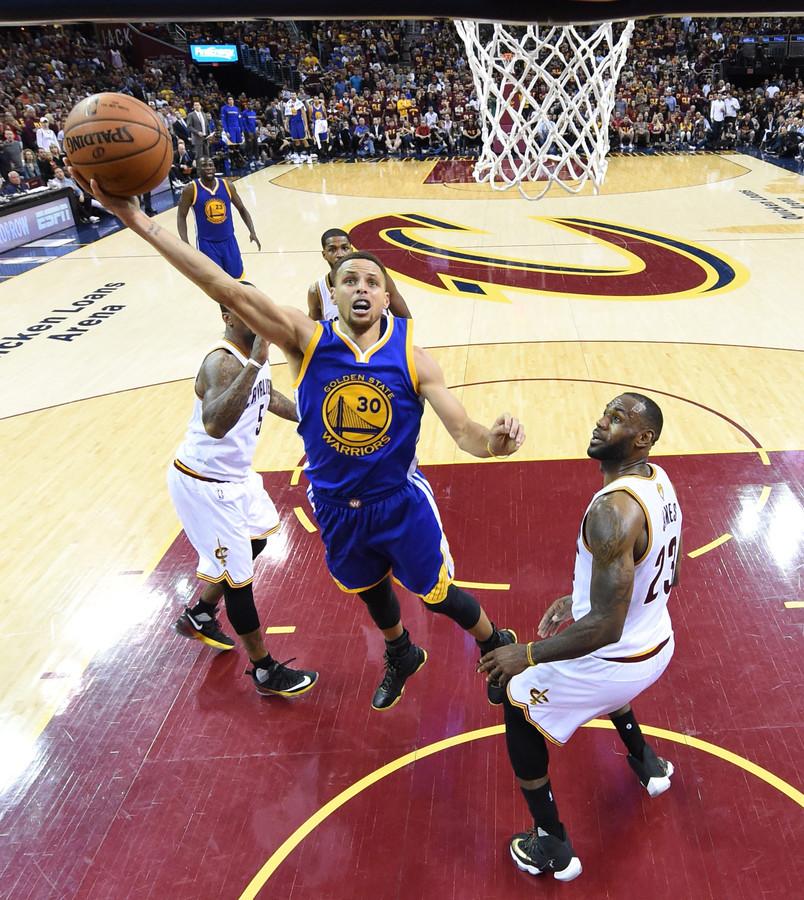 Cleveland Cavaliers >> Warriors hebben NBA-titel binnen handbereik | Foto | AD.nl