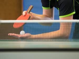 Trois pongistes meurent en plein match: le tennis de table, un sport trop dangereux après 40 ans?