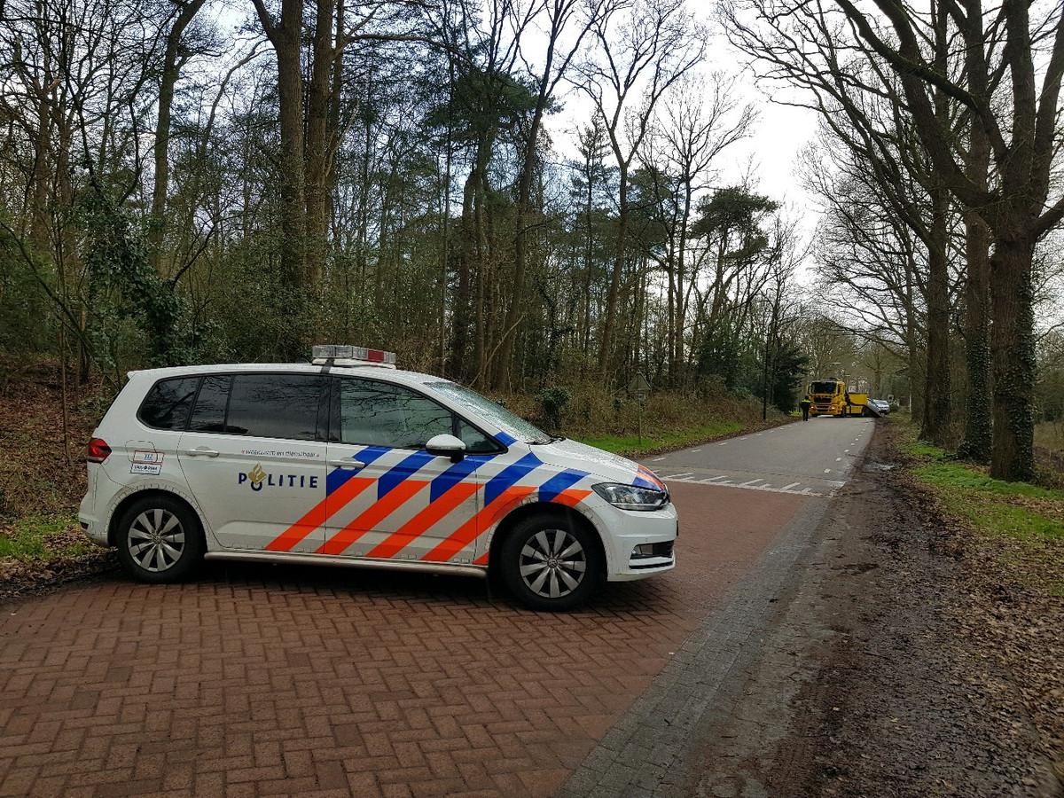 Politie sluit Loverensestraat af in Cromvoirt
