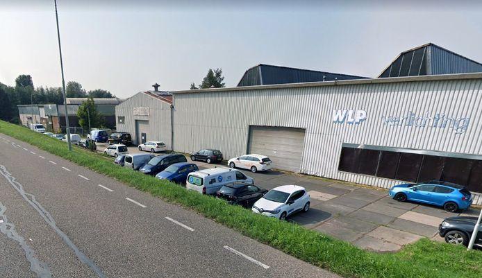 Het bedrijventerrein langs de Linge gaat in de verkoop.
