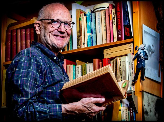 Historicus Piet de Rooij.