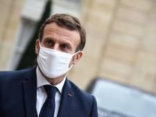 """Macron comprend que les caricatures puissent """"choquer"""", mais dénonce la violence"""