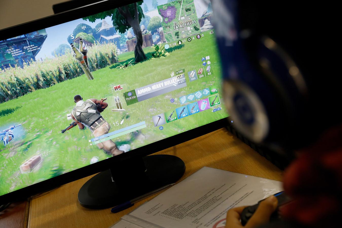 Bekende YouTubers als OMGitsTiesto, Ronald en Paraduze doen mee aan de Fortnite-toernooien waar Make-A-Wish-kinderen voorrang voor krijgen.
