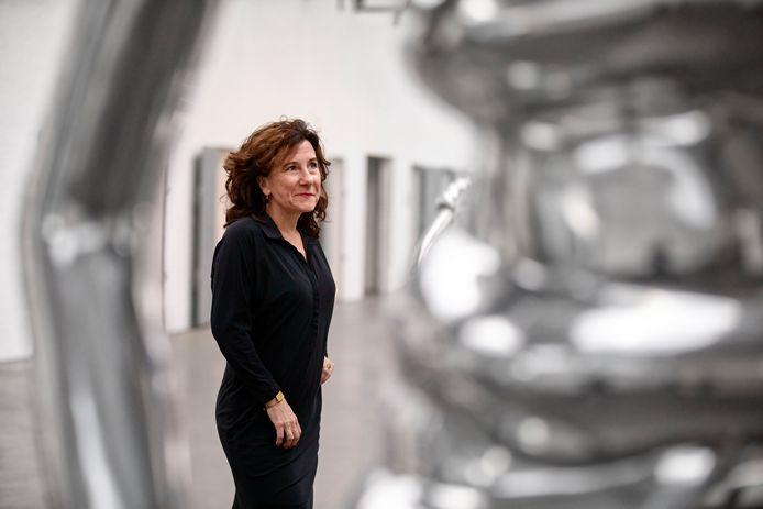 Wethouder Marcelle Hendrickx op de plek waar ze in de meest hectische periode van haar leven rust zocht: museum De Pont.