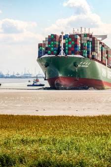 Zo liep de containergigant CSCL Jupiter vast bij Bath - en zo kwam hij weer los