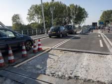 Flevoland past maatregelen bij probleembrug aan; Elburg blijft druk uitoefenen voor permanente oplossing