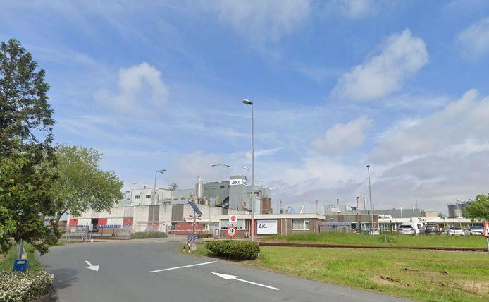 Chemiebedrijf ICL-IP aan de Frankrijkweg aan de zuidkant van Terneuzen.