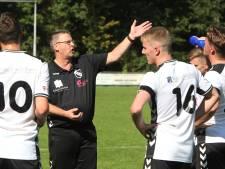 Trainer Van der Hoop blijft nog jaartje langer bij ABS in Bathmen