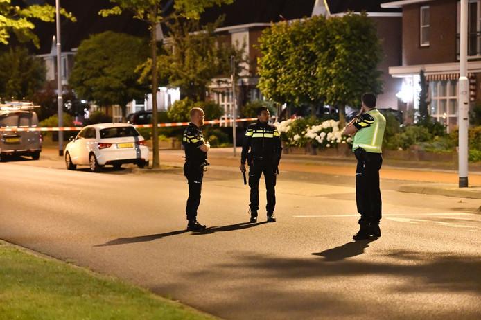 Politie doet onderzoek aan de Shakespearelaan in Eindhoven.