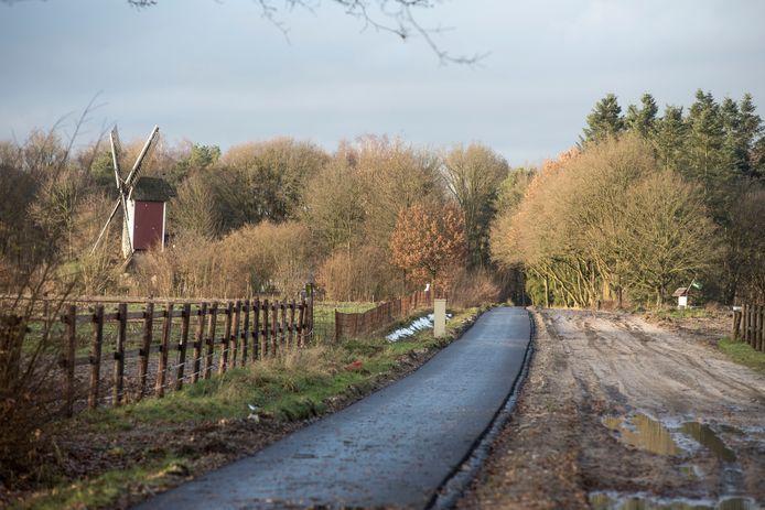 Het fietspad tussen Leenderstrijp (Heeze-Leende) en Valkenswaard