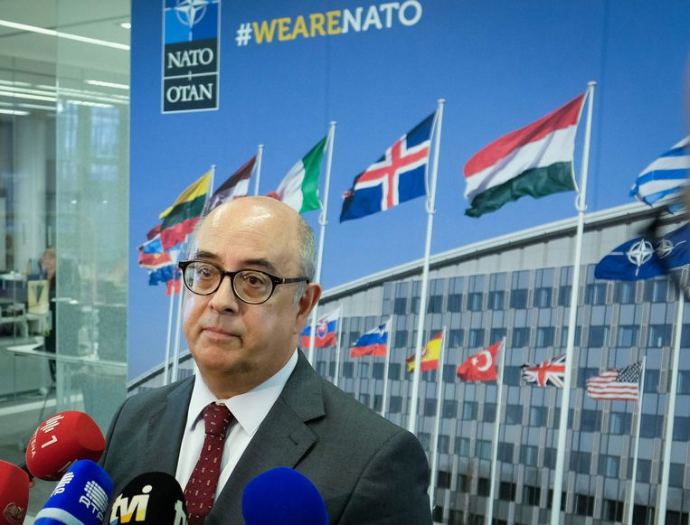 Minister van Defensie Jose Alberto de Azeredo Lopes.