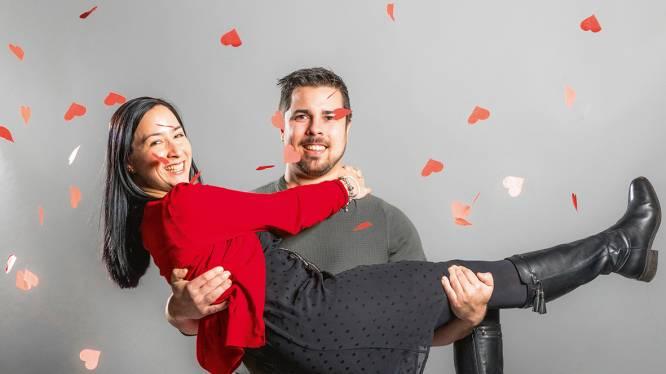 """Tim en Esther uit 'Blind Getrouwd': """"Onze gevoelens uiten doen we nog altijd 't liefst met briefjes en sms'jes"""""""