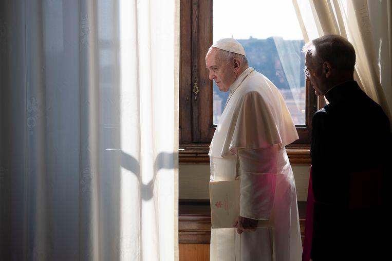 Paus Franciscus na zijn wekelijkse audiëntie.  Beeld AP
