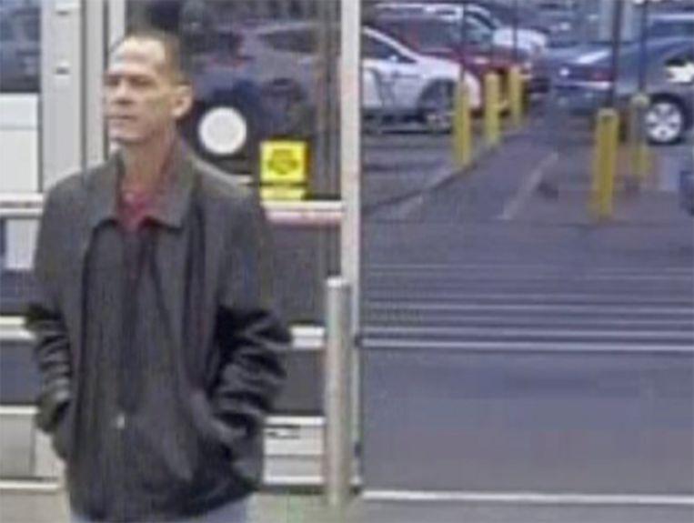 De Amerikaanse politie verspreidde na de schietpartij deze foto van verdachte Scott Ostrem (47).