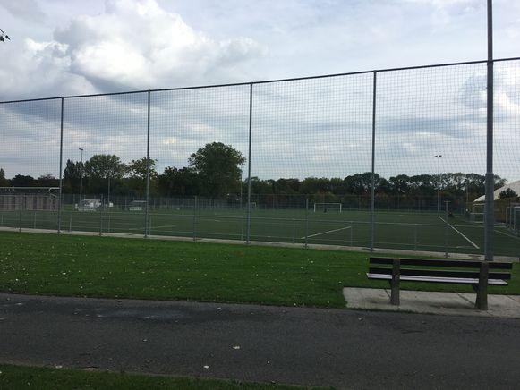 Sportpark De Gulden Kamer in Sint-Kruis.