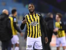 Bazoer straalt bij Vitesse: 'Het kampioenschap? Nee joh, daar praat niemand over'