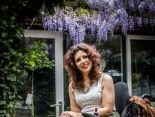 Na zeven maanden in een kapotte rolstoel, komt Christel Verbogt in actie