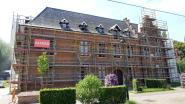 Gemeentehuis Drogenbos in de steigers: tweede fase van restauratie eindelijk van start
