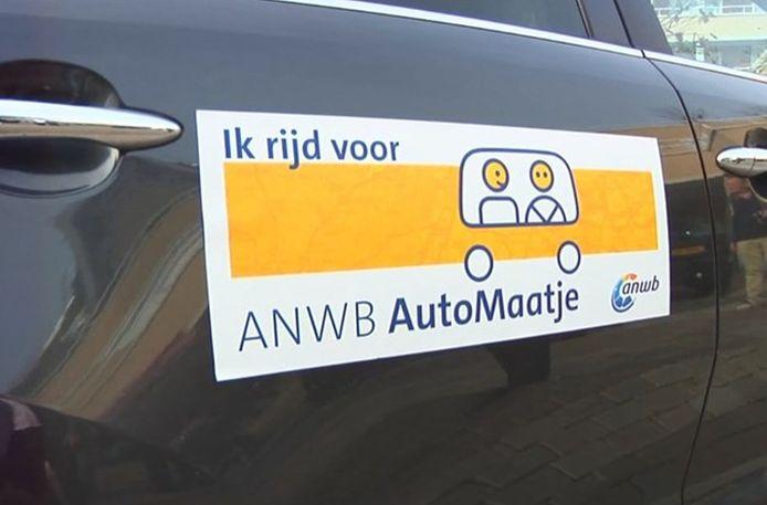 Automaatje koppelt mensen die vervoer nodig hebben aan dorpsgenoten die een auto hebben.