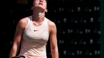 """Nummer één Simona Halep mag koffers pakken in Miami - familie Wozniacki met de dood bedreigd: """"Security deed helemaal niks"""""""