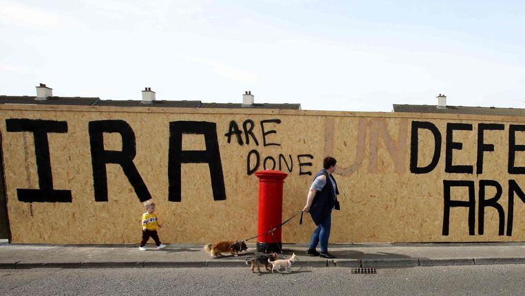 In Derry werden eerder als onaantastbaar beschouwde IRA-slogans dit weekend 'bijgewerkt' Beeld AFP