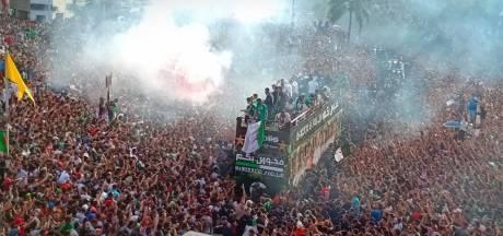 Les champions d'Afrique acclamés par une immense foule à Alger